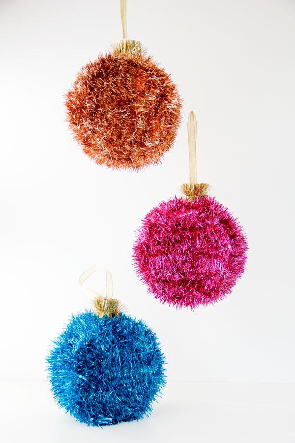 DIY Ornaments Pinatas