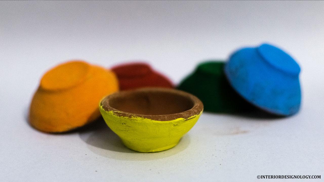 Colourful Diwali Diyas